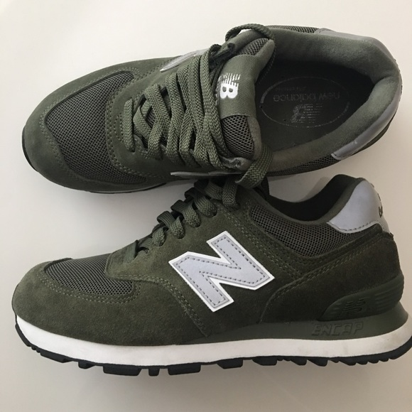 Balance 574 Sneakers Olive Green